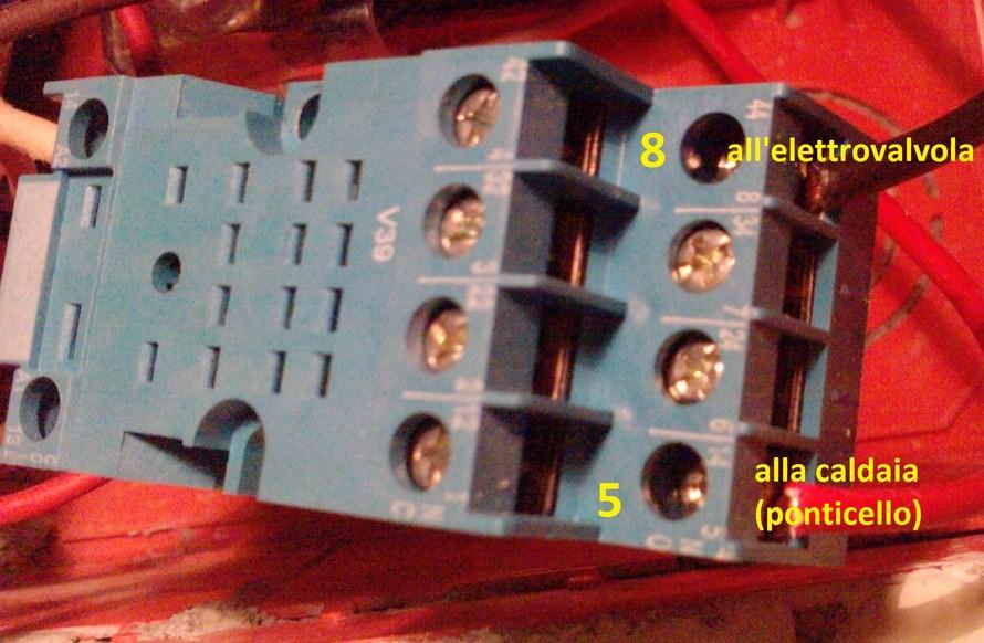 Schema Collegamento Di Termostati A Elettrovalvole E Caldaia : Impianto elettrico di riscaldamento a zone